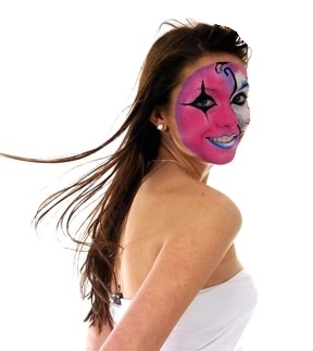 KB070308F-1 PROOFS TO- Victoria Howard Apartment 1, 3 Uttoxeter New Road, Derby, DE1 1GA 07854 911 447 Pictured is young model Luissa Burton (correct), modelling one of Derby face painter Victoria Howard's make-up creations. Victoria specialises in face and body painting for big events. EASTER BASKET SHOW